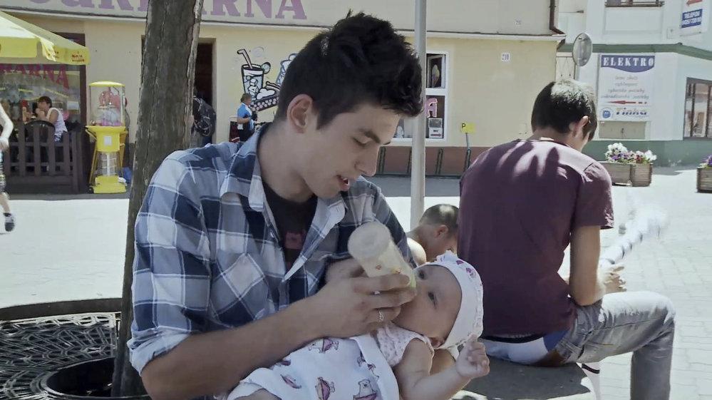 Záběry z filmu Sbohem děcáku