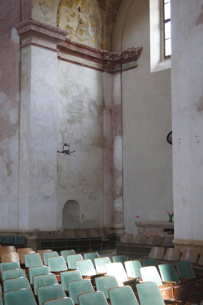 Na stavu kostela v Libavé se podepsali také sovětští vojáci, kteří si v chrámu, toho času přeměněném na vězení, odpykávali svůj trest. Podle svědectví místních někteří i čekali na popravu.