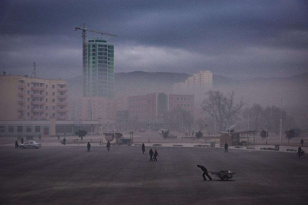 Většina Severokorejců nevidí svou budoucnost zrovna růžově, k internetu se nedostanou a stěžovat si nemohou.