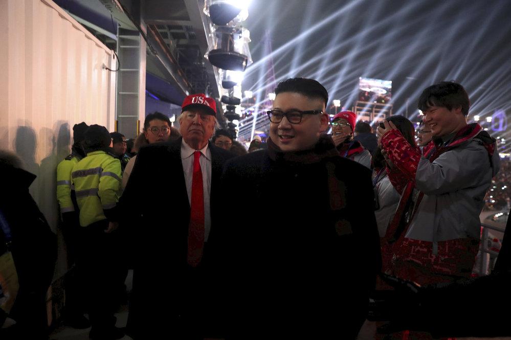 Na ZOH v Pchjongčchnagu se objevili i dvojníci známých státníků Donalda Trumpa a Kim Čong-una