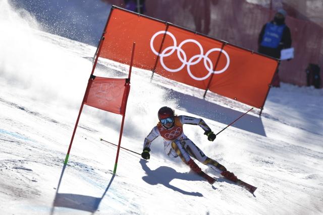 Ester Ledecká v prvním kole obřího slalomu