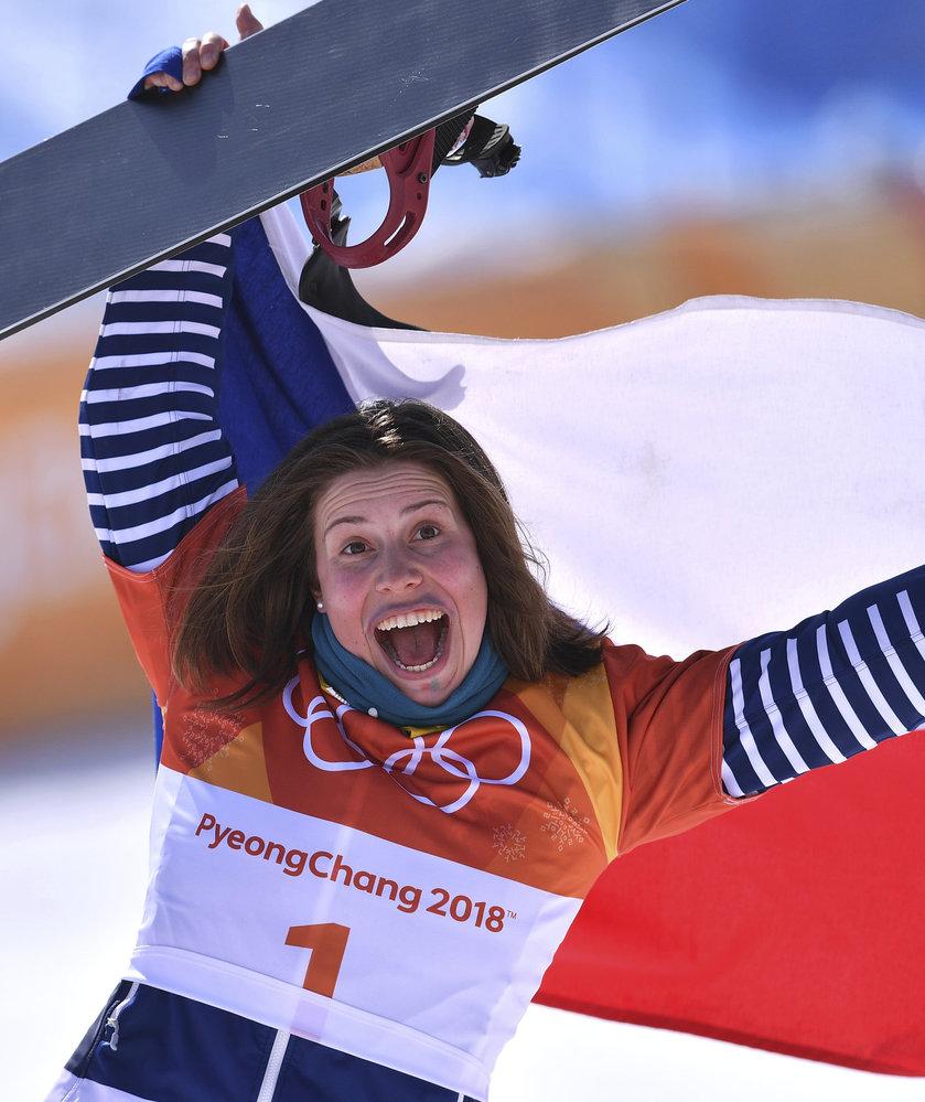 Eva Samková slaví zisk bronzové medaile