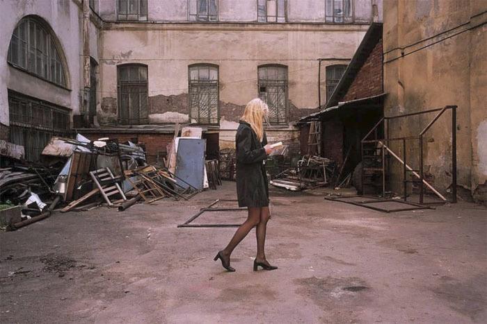 Francouzska v Sovětském svazu nejen fotila, ale také dlouhou dobu žila. Možná i proto jsou její snímky tak blízké.