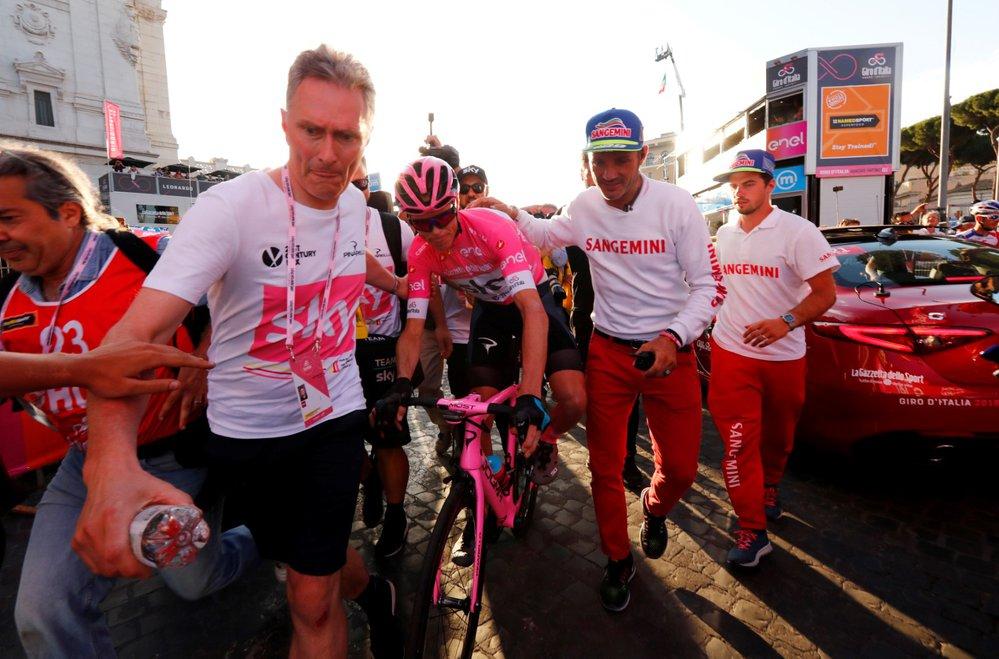 Po vynikajícím závěru Gira může britský cyklista Chris Froome slavit své premiérové vítězství
