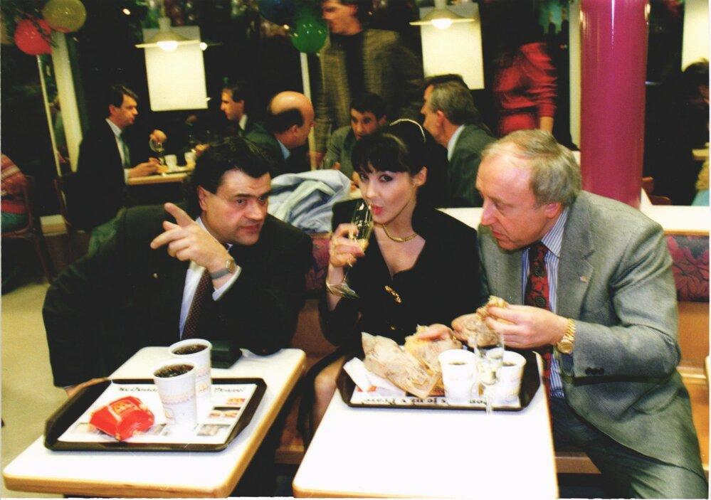 Předpremiéra McDonald´s na Florenci. Na VIP party dorazila i Dáda Patrasová, Felix Slováček a Karel Svoboda