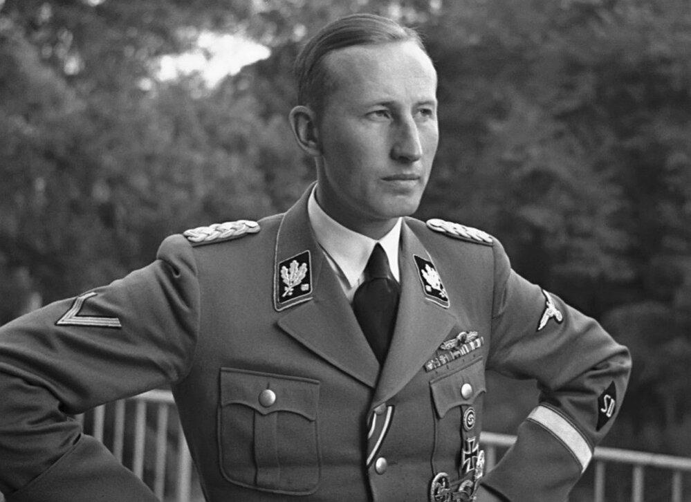 12. Reinhard Heydrich, zastupující říšský protektor. Atentát na něj byl příčinou vyhlazení Lidic.