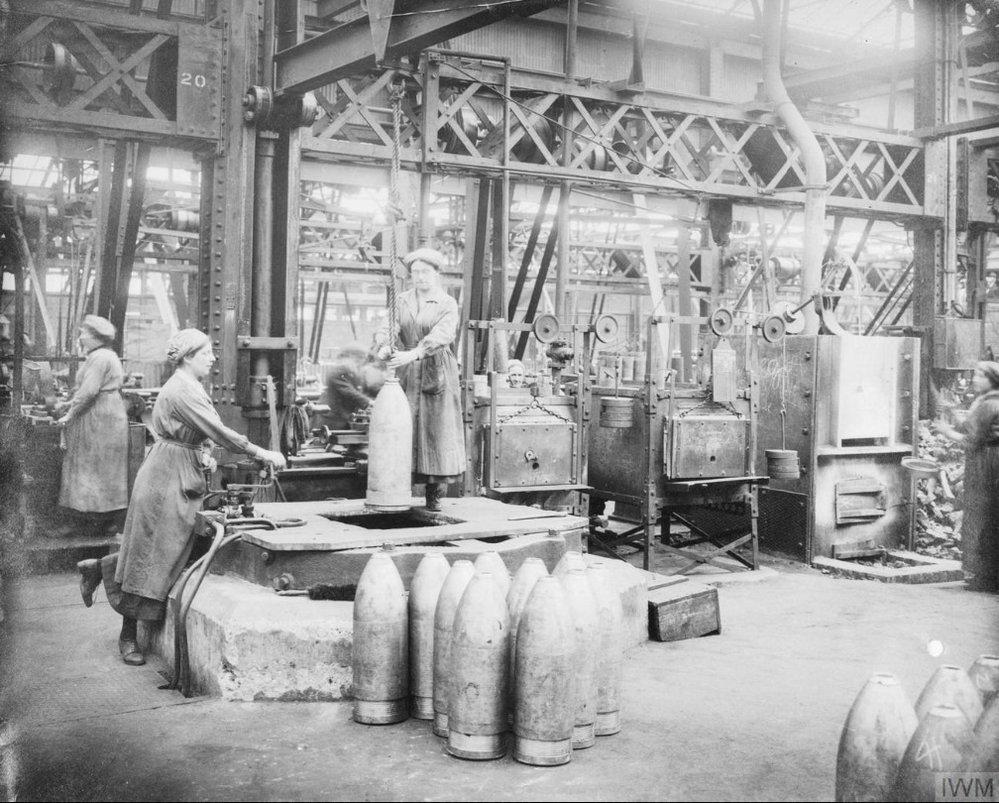 Ženy v muničních továrnách pracovaly s toxickými chemikáliemi, bez jakýchkoliv ochranných pomůcek.