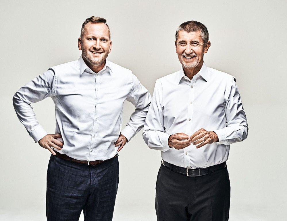 Šéf hnutí ANO Andrej Babiš Petru Stuchlíkovi věří. Podnikatel ale zatím v průzkumech příliš nezazářil. Týden před volbami by ANO skončilo v Praze až na třetím místě.