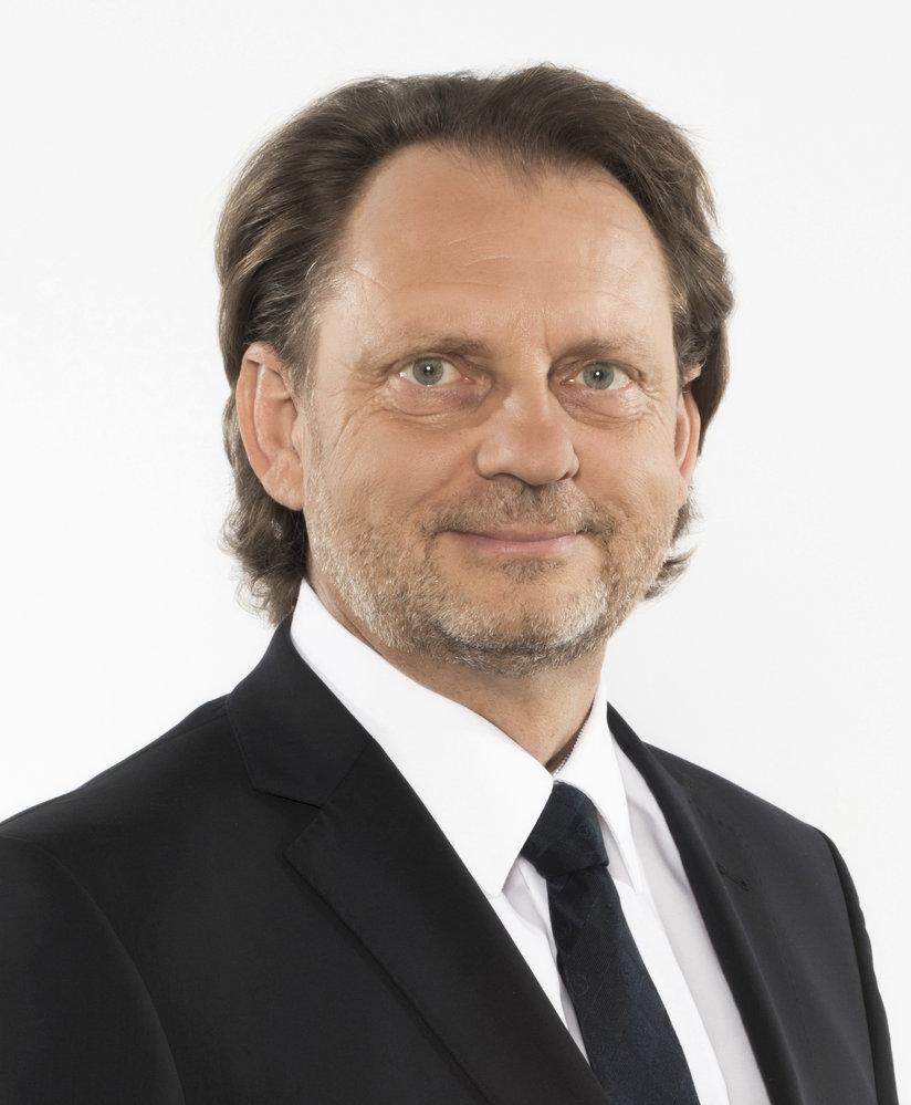 Rostislav Koštial (ODS) - obvod Břeclav (č. 56): Pro ODS velmi cenné vítězství na Moravě. Koštial porazil konkurenta z ANO Libora Nazarčuka s více než 64 procenty. Koštial je vinohradník, v letech 2004 až 2008 a od roku 2012 zastupitel Jihomoravského kraje a starosta Mikulova