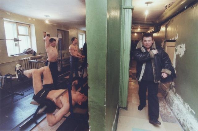 Unikátní snímky ukazují svět mafie v Rusku po rozpadu SSSR