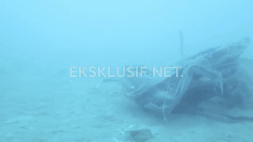 Pátrání po černé skříňce indonéského Boeingu 737 Max, který se zřítil do Jávského moře s 189 lidmi na palubě.