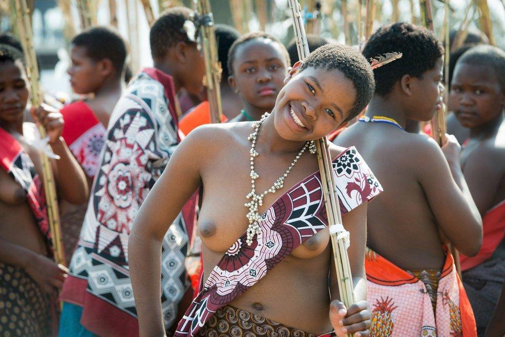 Rákosový tanec ve Svazijsku je dlouholetou tradicí