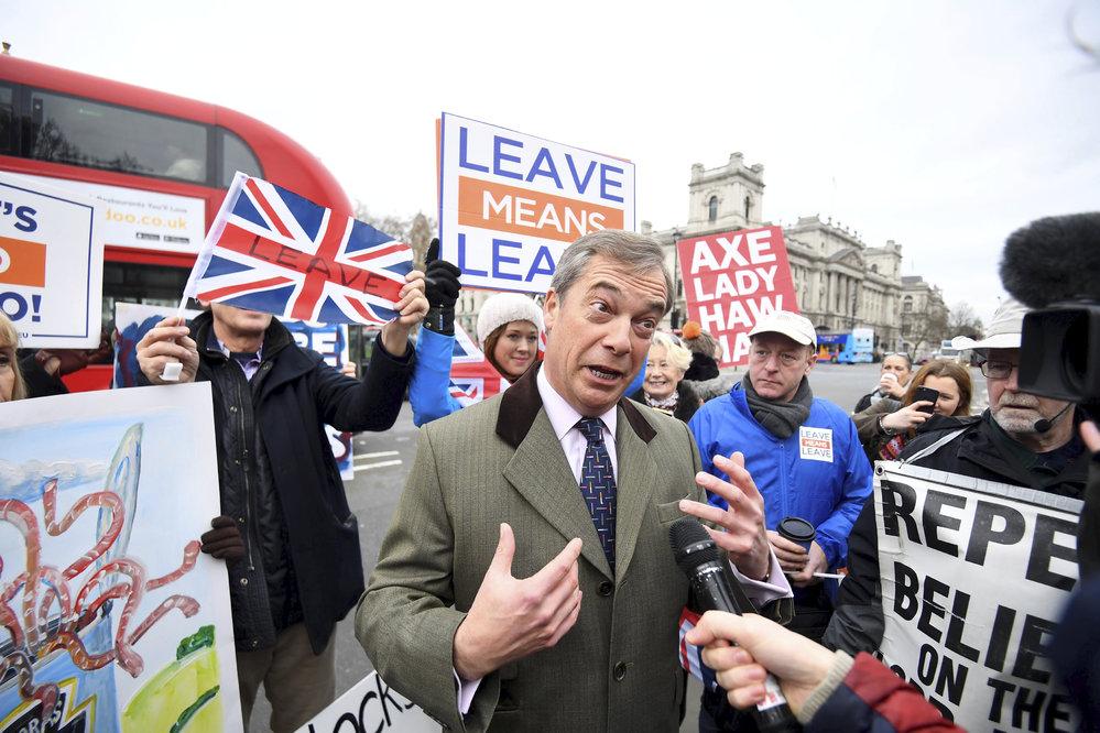 Británie se připravuje na rozhodnutí o Brexitu