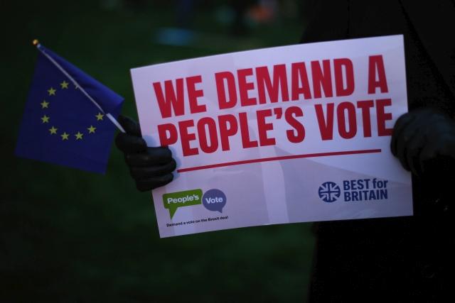 Britové opakovaně demonstrují. Někteří chtějí nové referendum