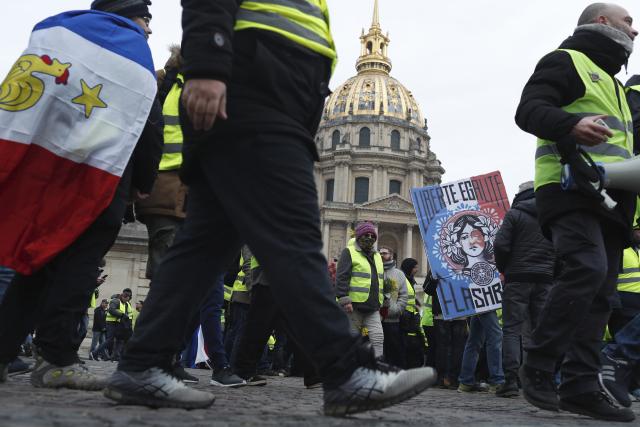 Demonstrace žlutých vest v Paříži