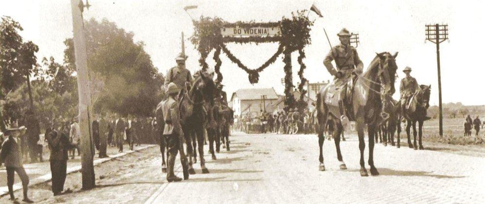 Českoslovenští legionáři z Itálie míří ze severozápadního Slovenska na Těšínsko
