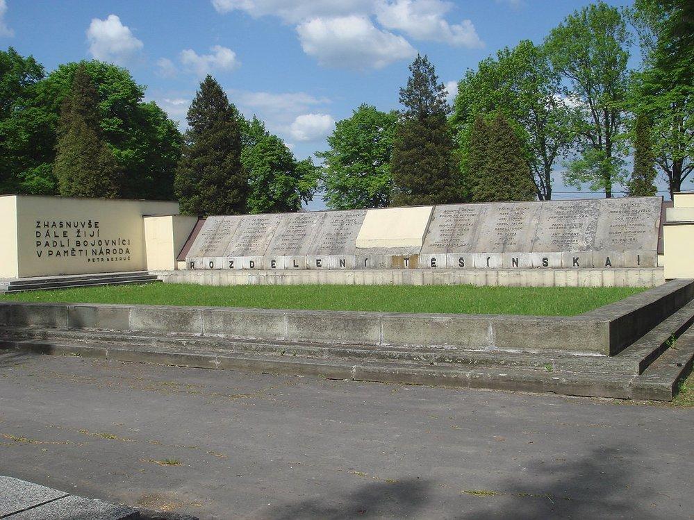 Pomník v Orlové připomíná československé oběti sedmidenní války