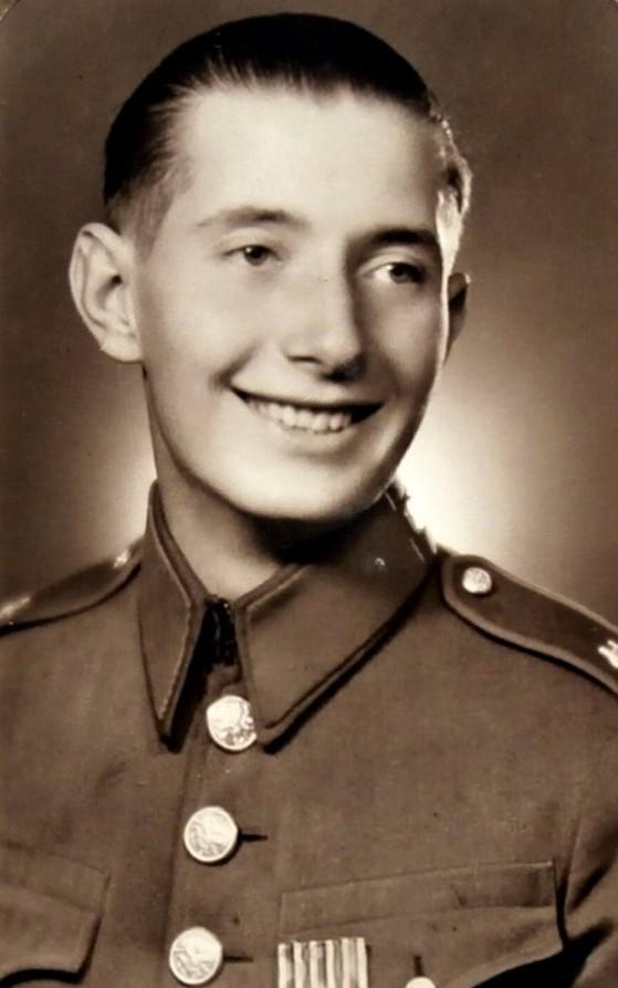 Vladimír Blažka je dnes pohřben na čestném pohřebišti Ústředního hřbitova v Brně