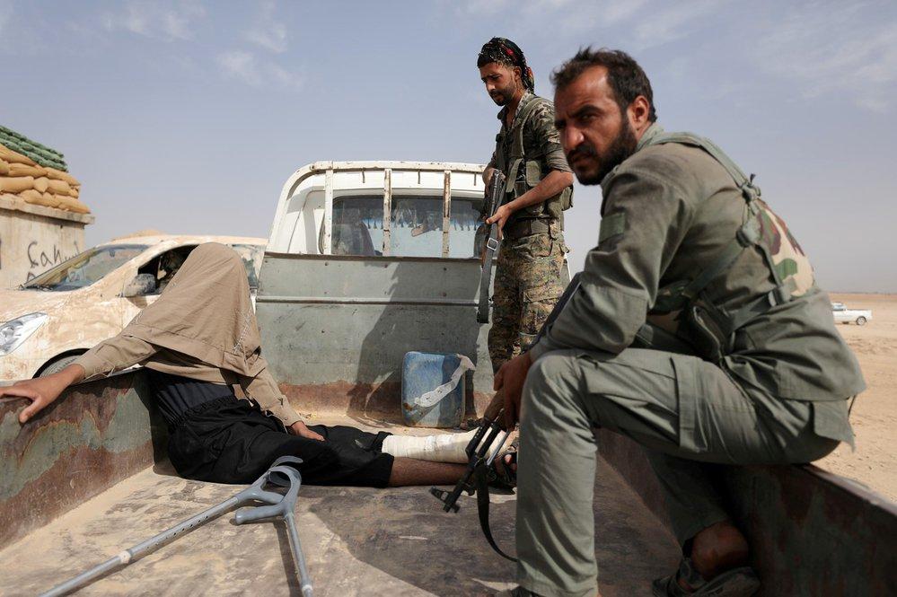 Boje o poslední baštu Islámského státu.