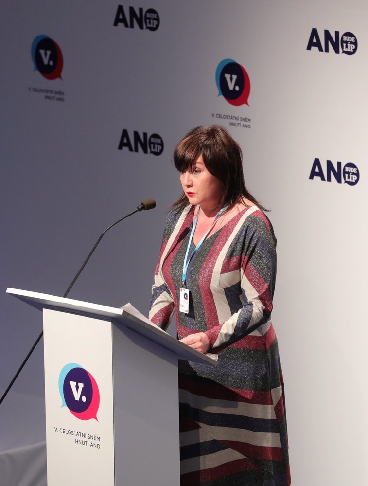 Své priority i splněné úkoly představila na sněmu i ministryně financí Alena Schillerová (17. 2. 2019)