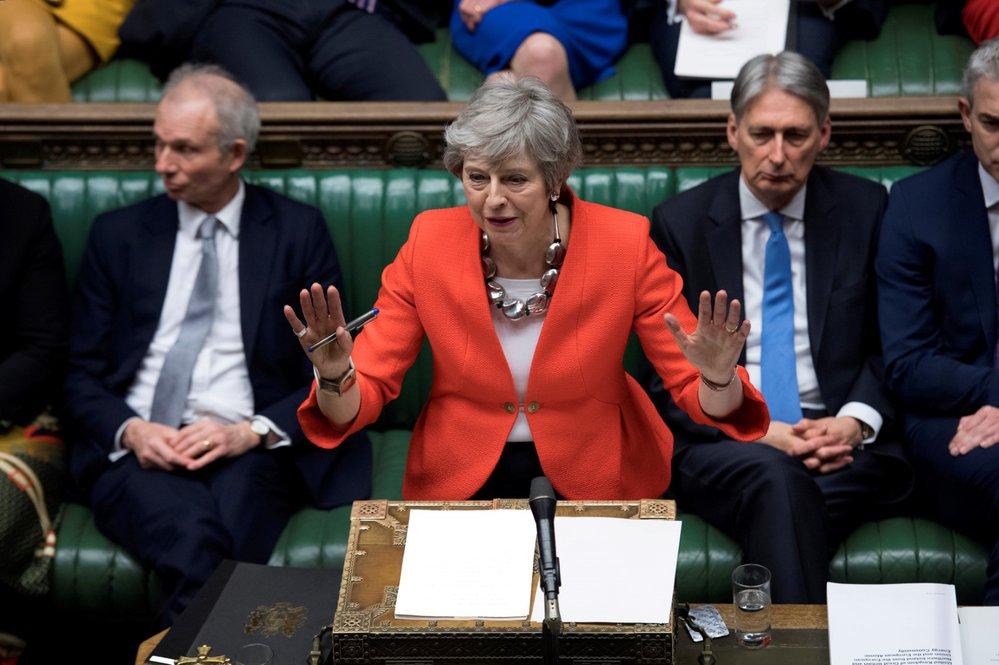 Britská premiérka Theresa Mayová v parlamentu (12. 3. 2019)
