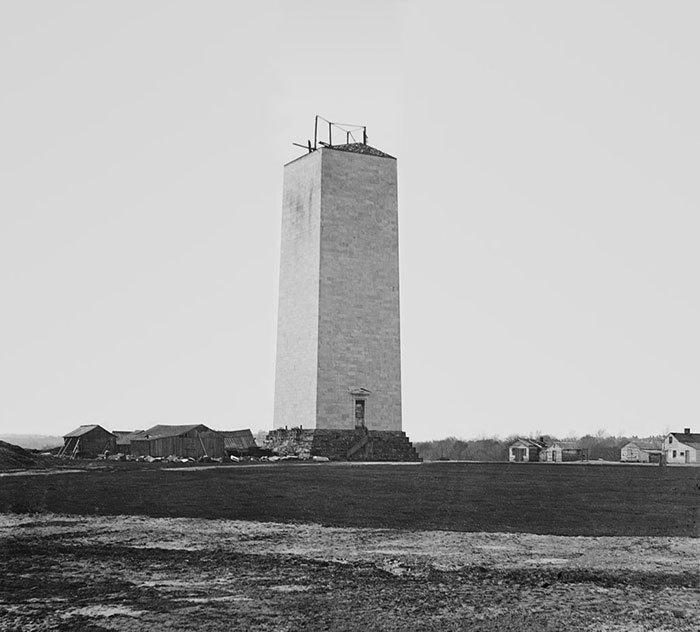Washingtonův monument vyrostl v letech 1879-88