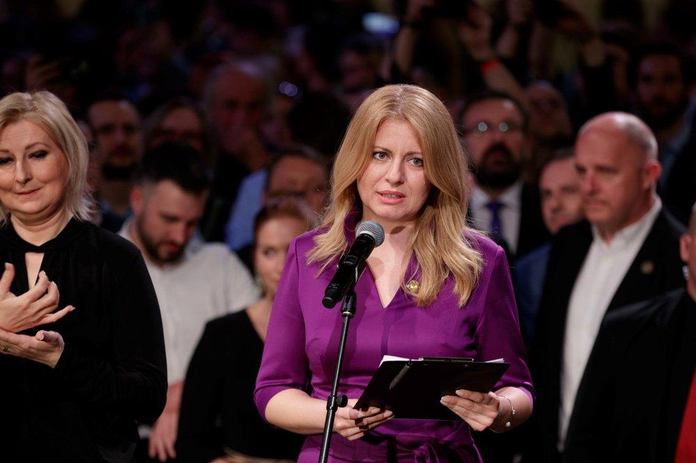 Zuzana Čaputová při jednom ze svých projevů při volební noci. Příští slovenskou prezidentkou bude ona
