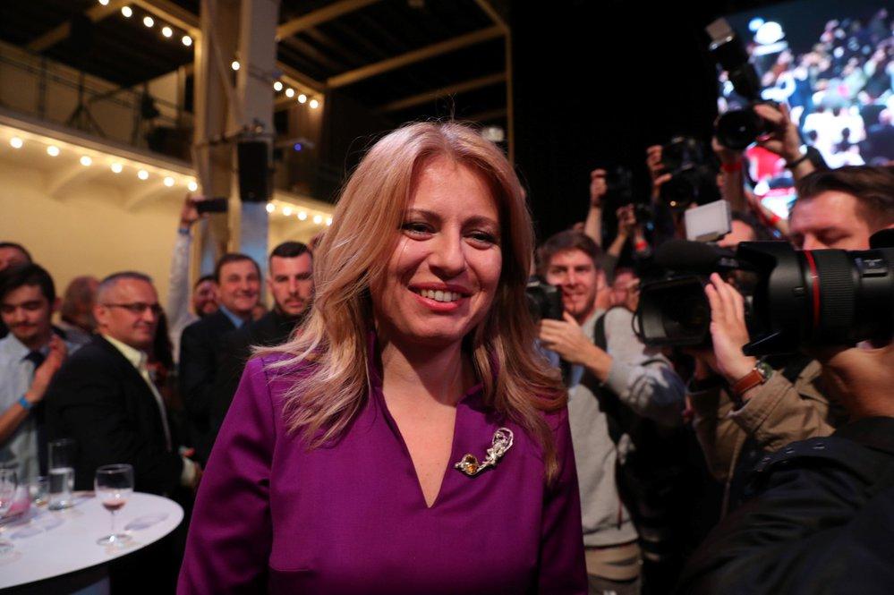 Zuzana Čaputová se oficiálně stane prezidentkou v polovině června, až skončí mandát stávající hlavě státu - Andreji Kiskovi