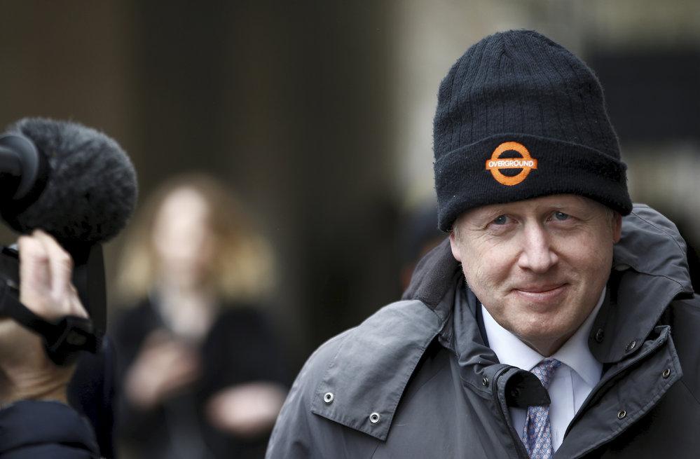 Britský exministr zahraničí Boris Johnson byl pokárán, protože nepřiznal všechny své účty, (8.04.2019).