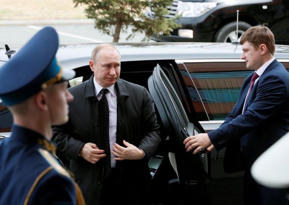 Ruský prezident Vladimir Putin dorazil do Vladivostoku na summit s vůdcem KLDR Kim Čong-unem (25. 4. 2019)