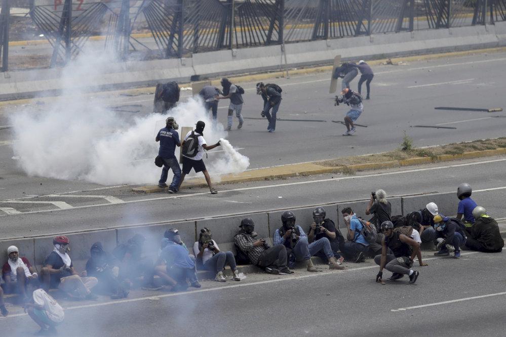 Ve Venezuele pokračují protesty proti vládě prezidenta Madura, (2.05.2019).
