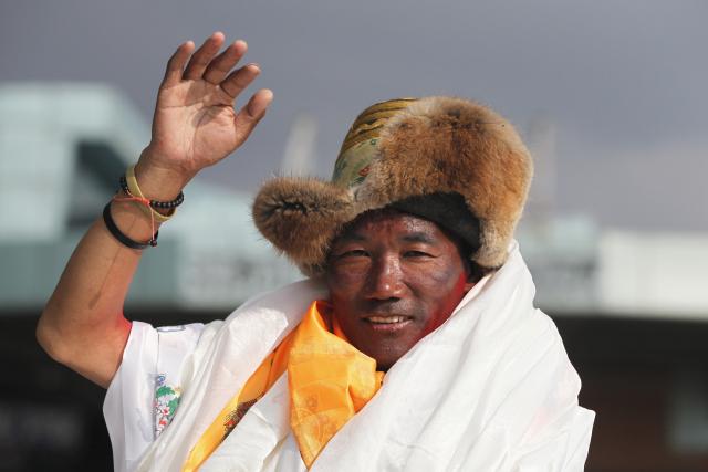 Nepálský Šerpa Kami Rita zdolal Mount Everest už 24krát.