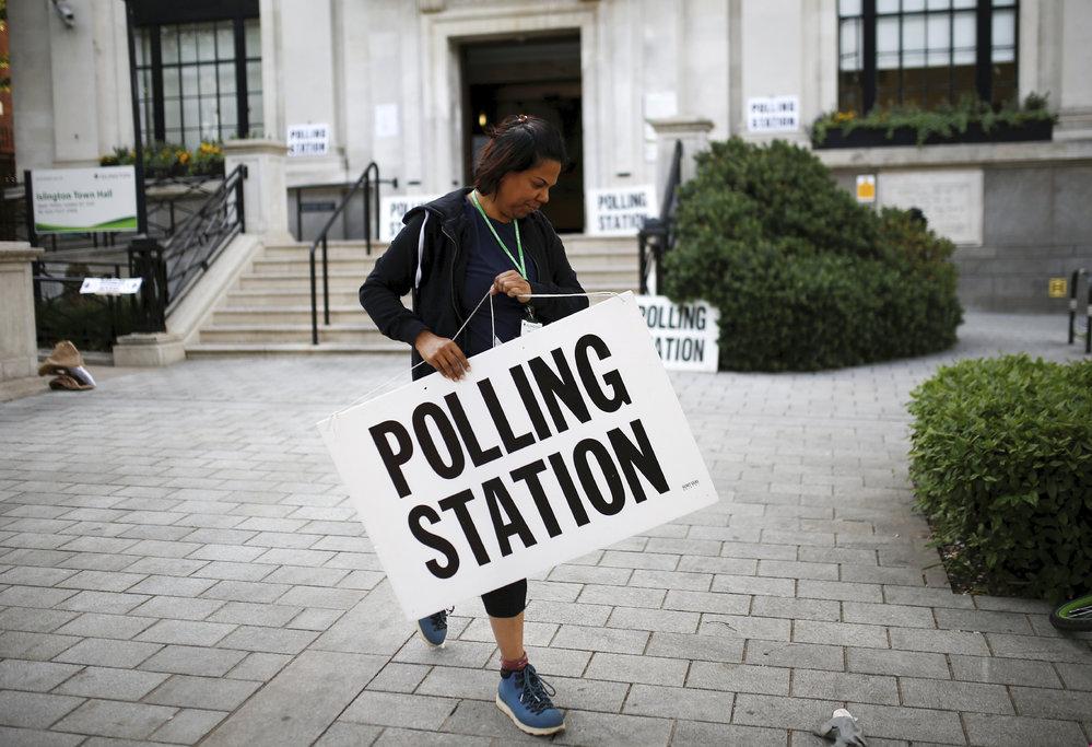Eurovolby 2019: Zúčastnit se museli i Britové