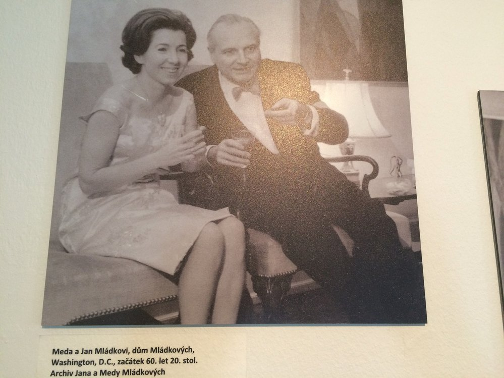 Se svým manželem Janem Mládkem vytvořila Meda Mládková v USA ostrůvek české kultury.
