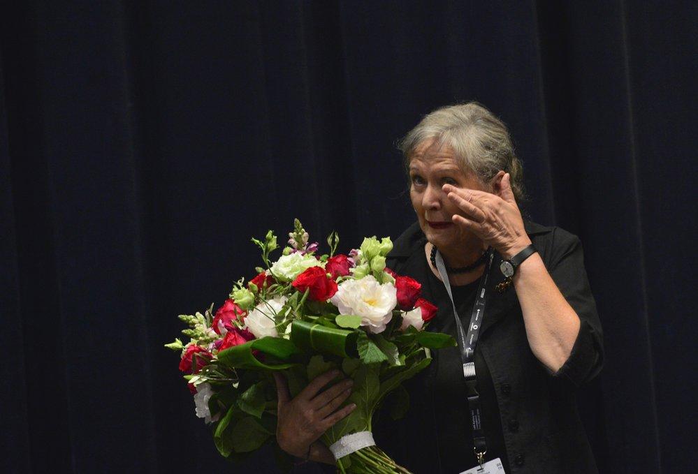 Helena Třeštíková dojatě slaví narozeniny a uvádí film Forman vs. Forman na Mezinárodním filmovém festivalu v Karlových Varech