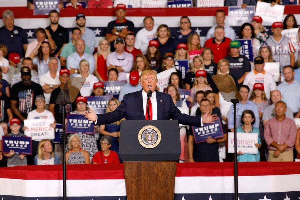 . Donald Trump na předvolebním mítinku v Greenville v Severní Karolíně