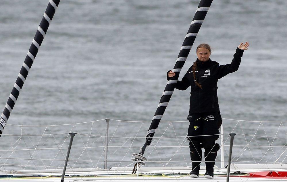 Švédská ekologická aktivistka Greta Thunbergová se vydala z přístavu Plymouth na jihozápadě Anglie na plavbu přes Atlantik. (14.8.2019)