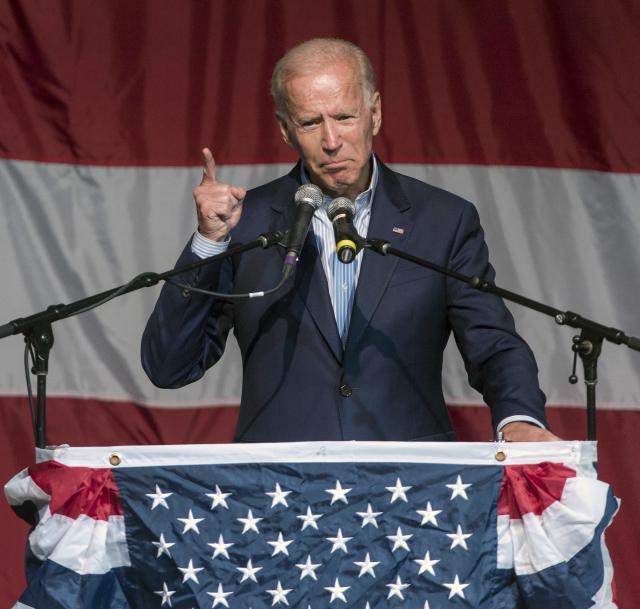 Joe Biden během kampaně před primárkami.