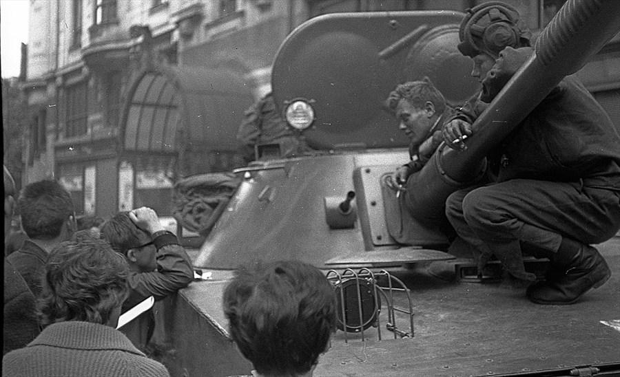 V noci z 20. na 21. srpna 1968 obsadila Československo okupační vojska