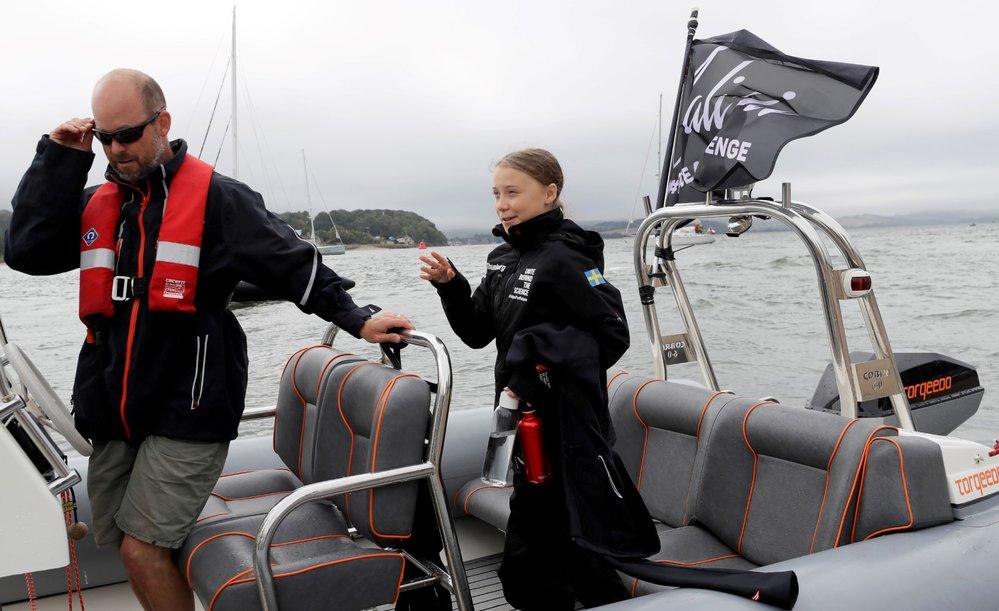 Švédská aktivistka Greta Thunbergová se na setkání OSN v New Yorku rozhodla cestovat přes Atlantik plachetnicí.