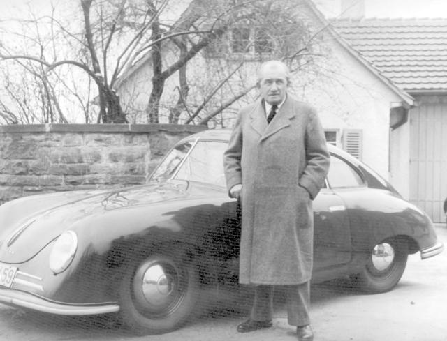 Konstruktér Ferdinand Porsche. Rodák z Vratislavic nad Nisou.