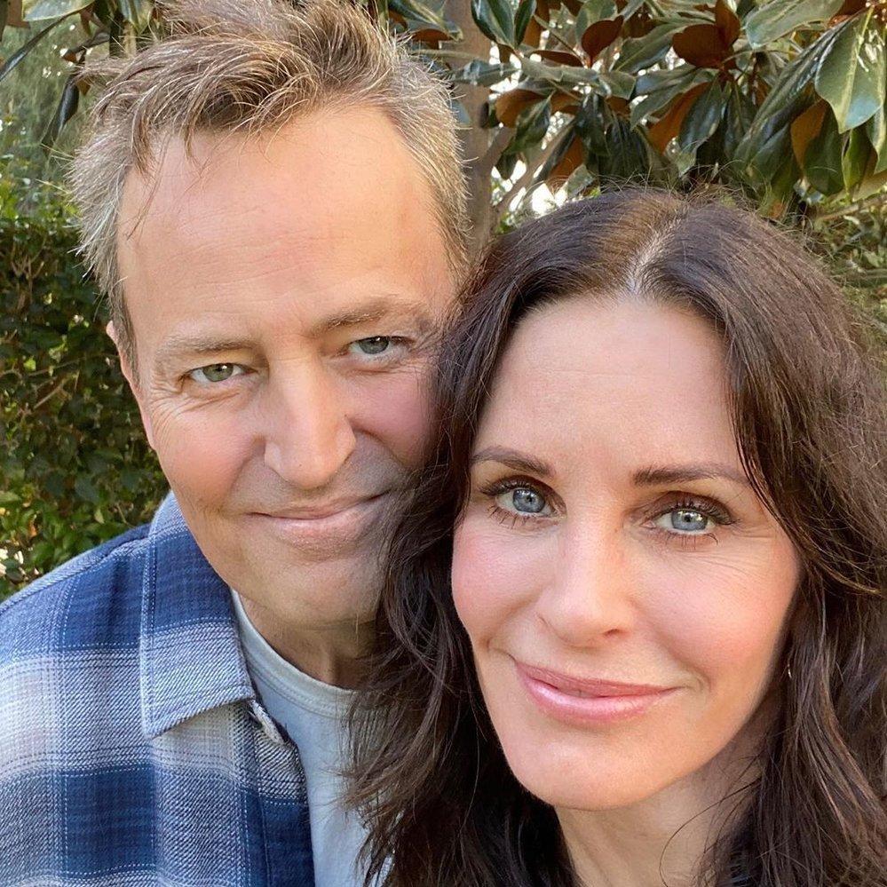 Chandler a Monica po letech spolu!