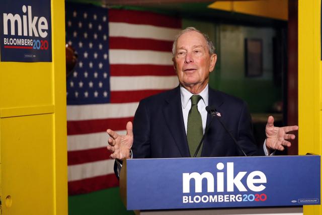 Mike Bloomberg – černý kůň, 9. nejbohatší člověk světa, bývalý republikán a exstarosta New Yorku; Demokratická strana