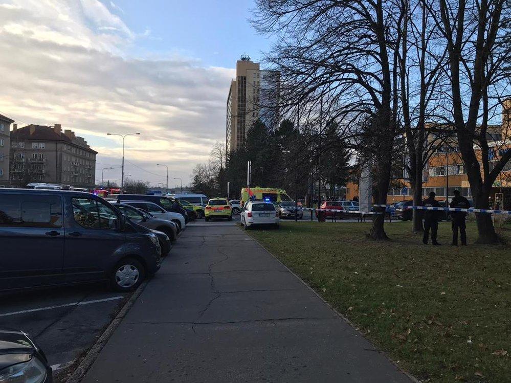 Při střelbě v ostravské nemocnici zemřeli nejméně 4 lidé! Další byli zraněni