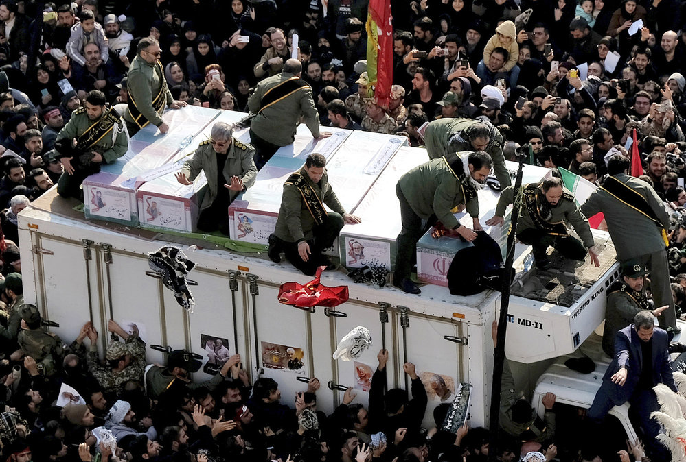 Smutek za zabitého generála Solejmáního v Íránu (6.1.2020)