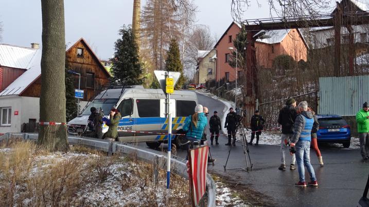 Vyšetřování požáru ve Vejprtech.