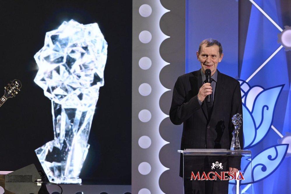 Vyhlášení výsledků Českého lva 2020: Jiří Schmitzer vyhrál hlavní mužskou roli za film Staříci