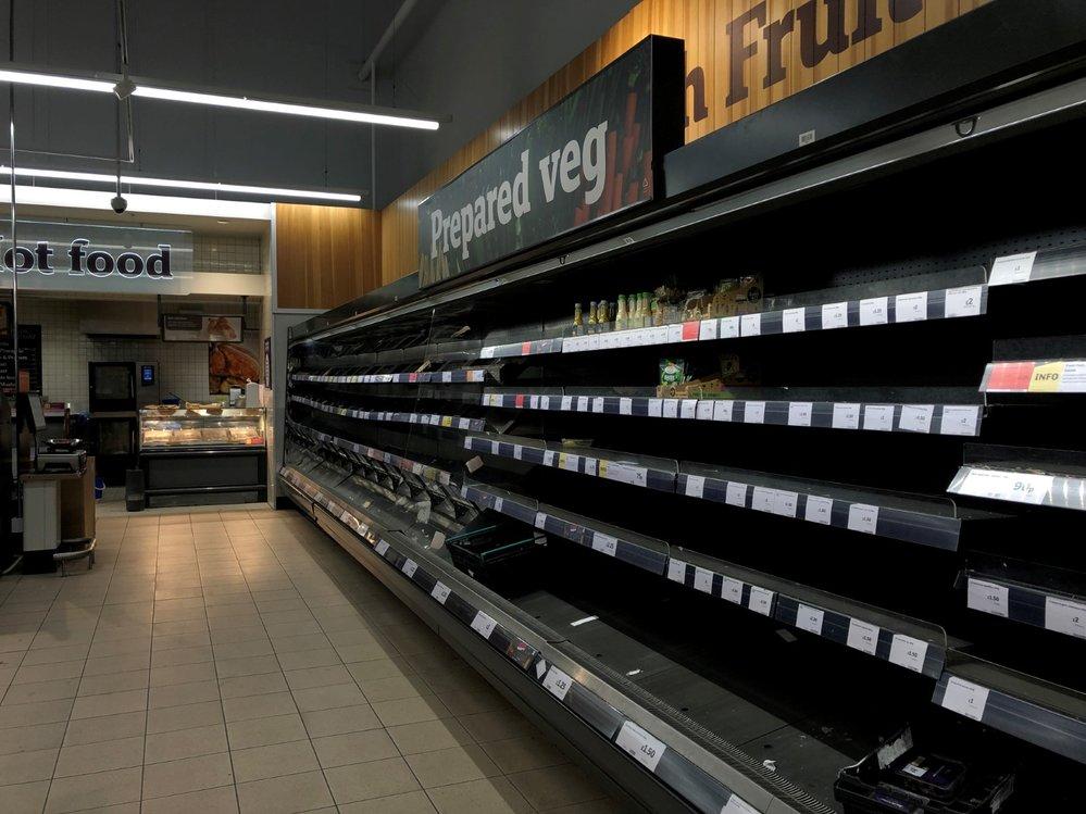 Obchody v Londýně jsou vykoupené. (17.3.2020)