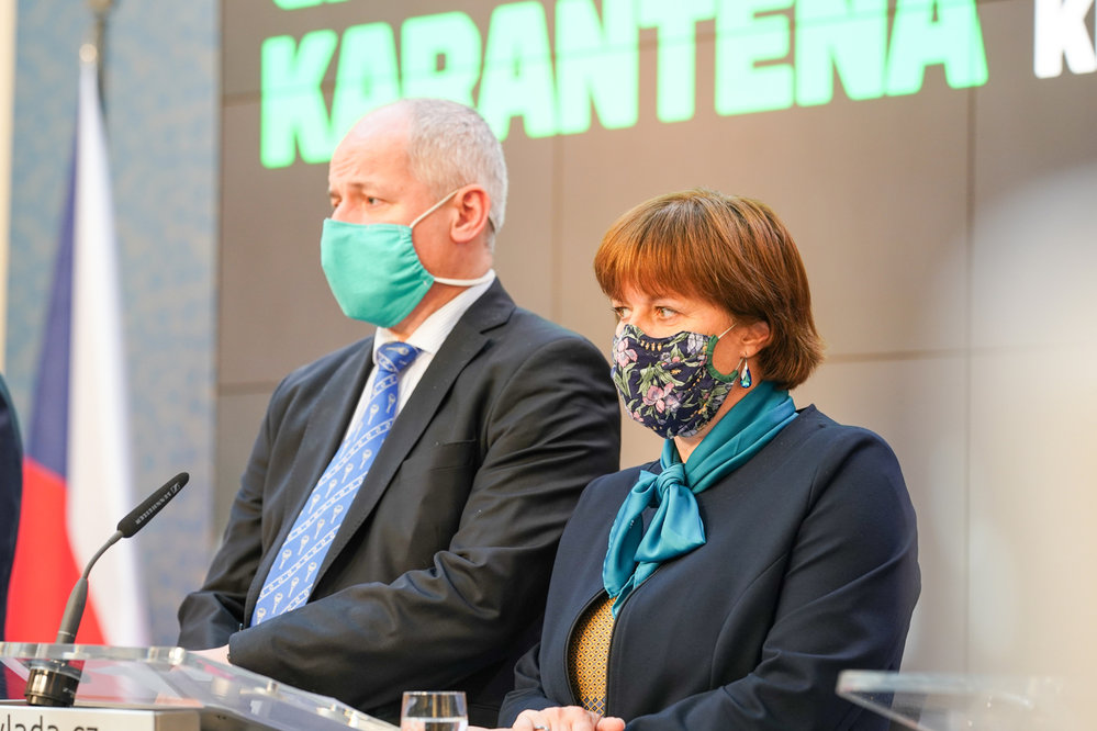 Tisková konference k projektu Chytrá karanténa: Roman Prymula a Jarmila Rážová (7. května 2020)