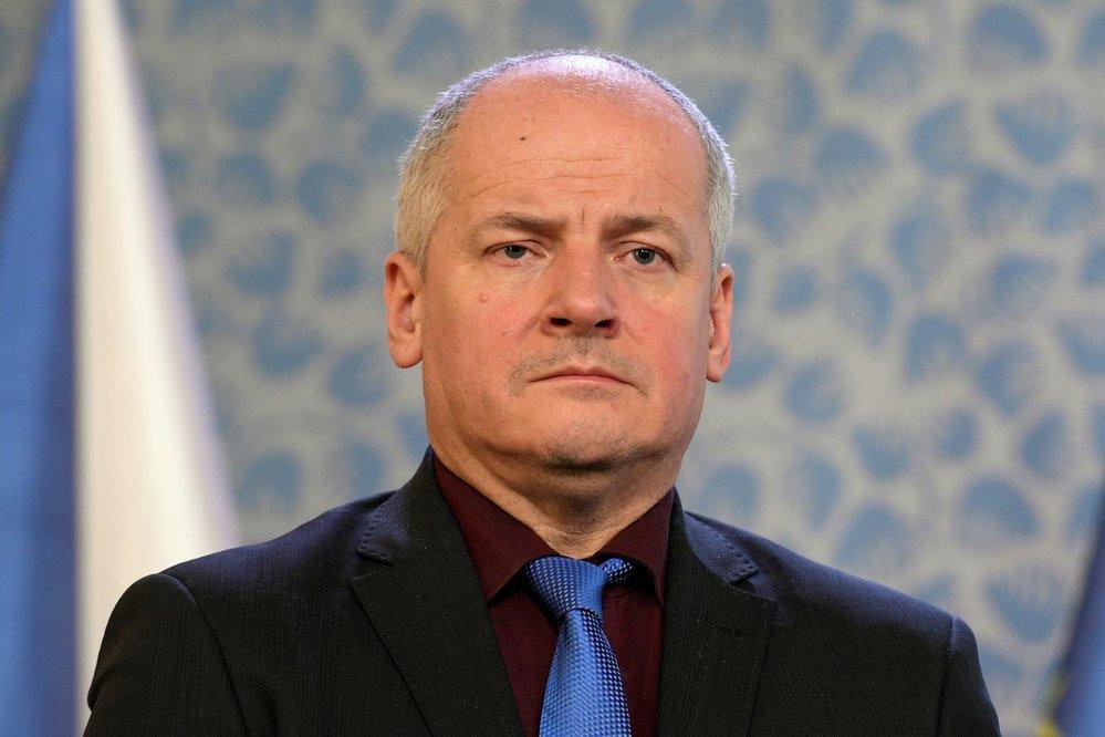 Ministr zdravotnictví Adam Vojtěch (za ANO) předpokládá, že jeho náměstek Roman Prymula (na archivním snímku z 15. března 2020) skončí ve funkci na konci května, jak sám avizoval. Vojtěch to řekl 19. května novinářům.